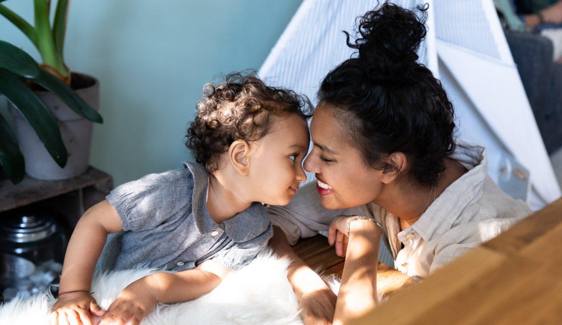 Waarom baby- en zwangerschapskleding ideaal is voor lenen en ruilen